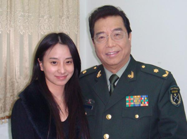 李双江和哈丹合影