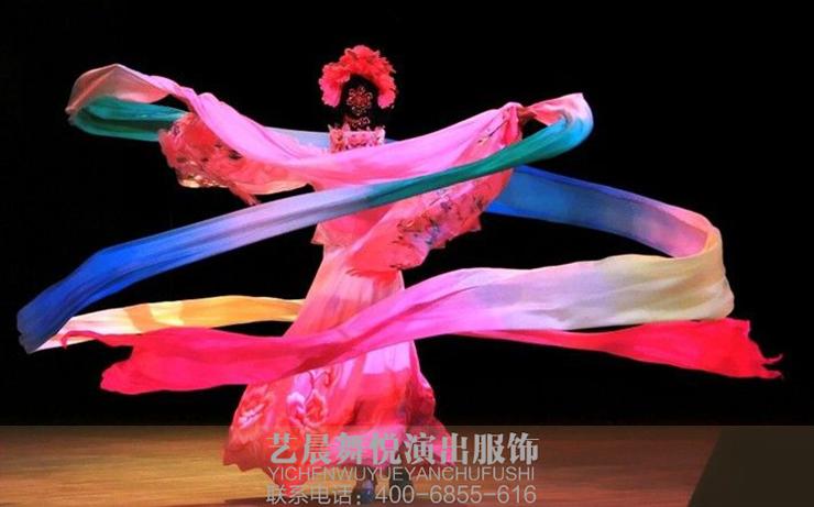 古典舞蹈服装设计与古典舞表演的关系