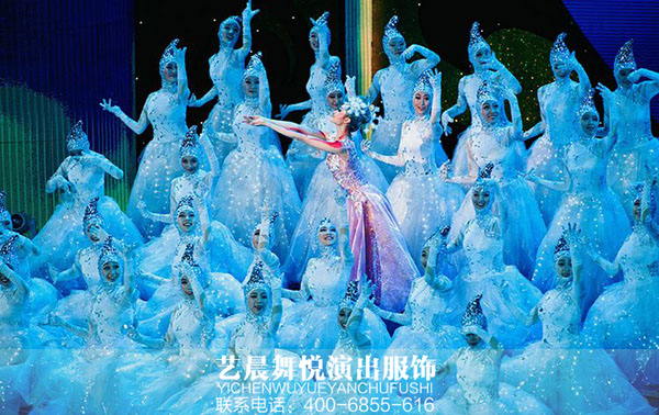 2017欢乐元宵节·精彩北京舞蹈文艺演出引轰动
