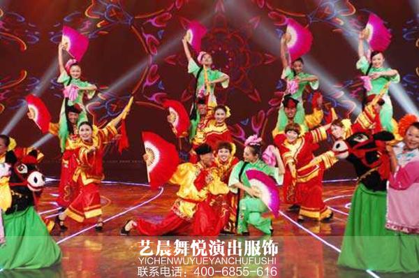 2017秧歌舞蹈演出服装敲锣打鼓扭起来
