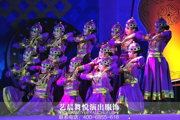 中央民族歌舞团演出_民族舞蹈服装大亮相