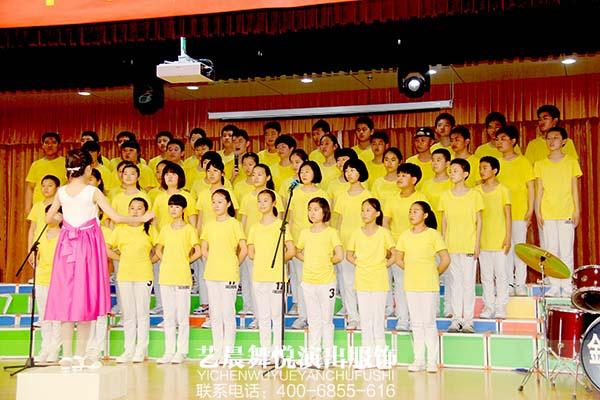 魅力校园合唱服装彰显合唱特色