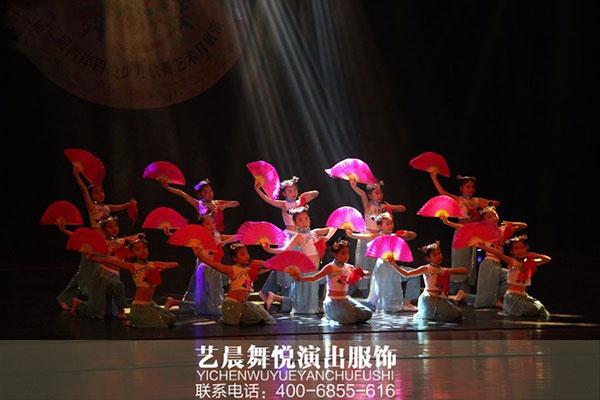 """庆六一""""舞蹈演出服装""""点缀舞艺人生"""