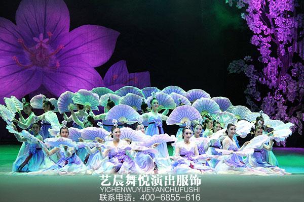 大型歌舞《天地祥云》缭绕京城