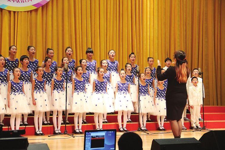 校园合唱演出服装舞台演出服装设计元素!