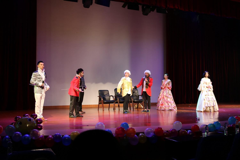 大学校园话剧舞台演出服装设计服装定制定做案例!