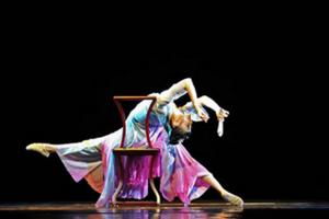 CCTV舞蹈大赛——《点绛唇》古典独舞服装定制